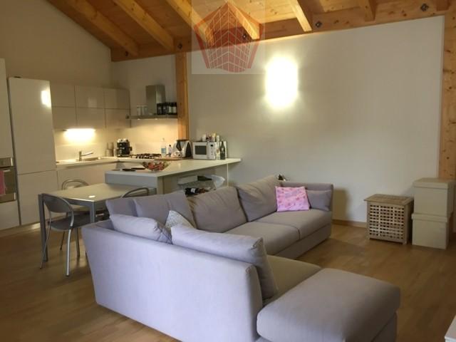 Stradella (PV) Via Mazzini Attico due locali e box doppio Rif. 066