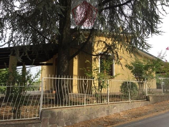Castana (PV) Villa singola con piscina Rif. 127
