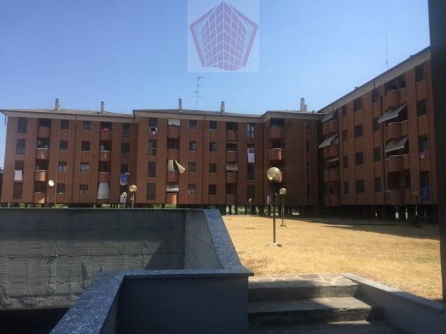Stradella (PV) Via Brodolini Appartamento trilocale doppi servizi con box Rif. 125