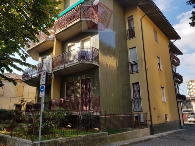 Stradella (PV) Via Gramsci Appartamento Quadrilocale con box Ultimo Piano Rif. 145