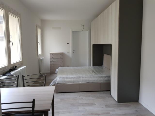 Stradella (PV) Centro storico Appartamento monolocale arredato Rif. 069