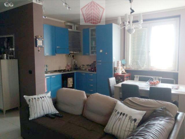Stradella PV Via Sentirolo  VENDITA Appartamento trilocale con box Rif. 185