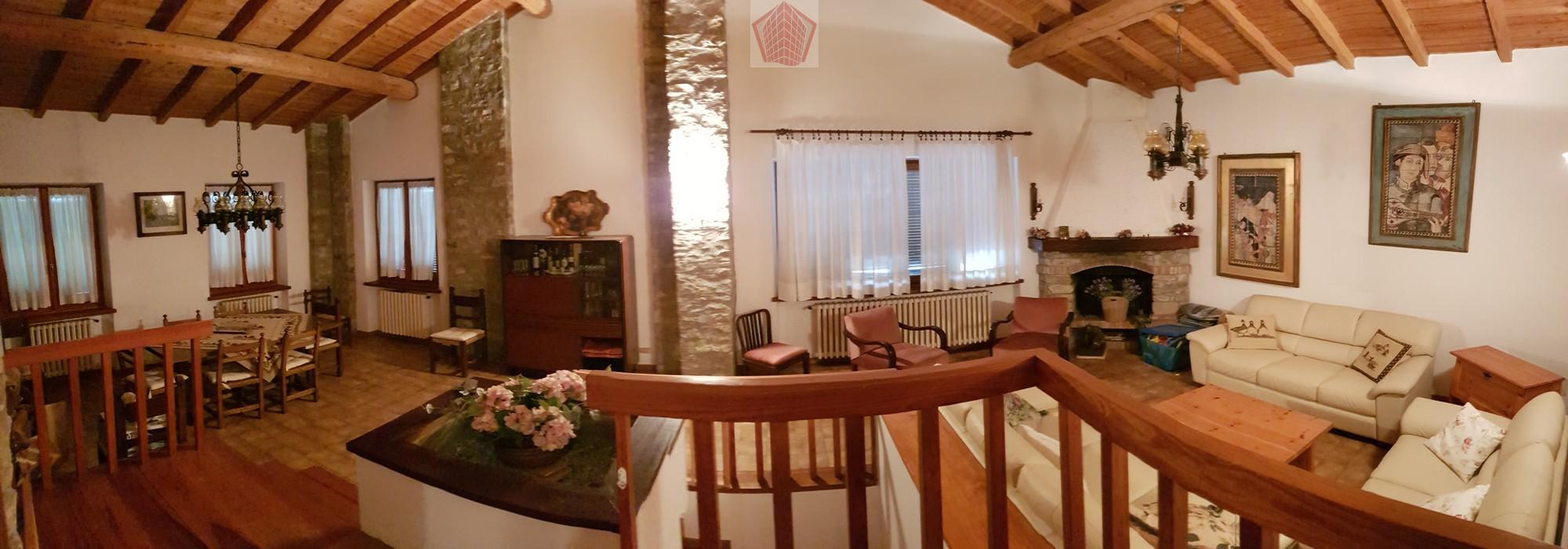 Volpara (PV) VENDITA Villa singola con terreno Rif. 198
