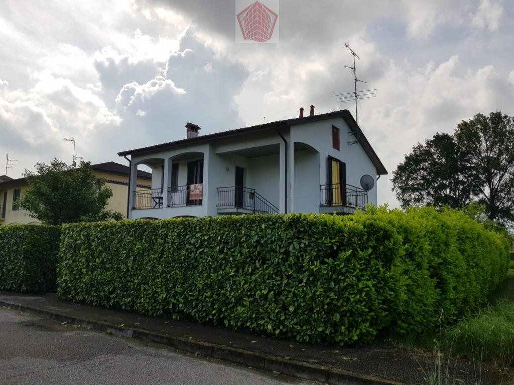 San Cipriano Po (PV) VENDITA Appartamento in villa Rif. 222