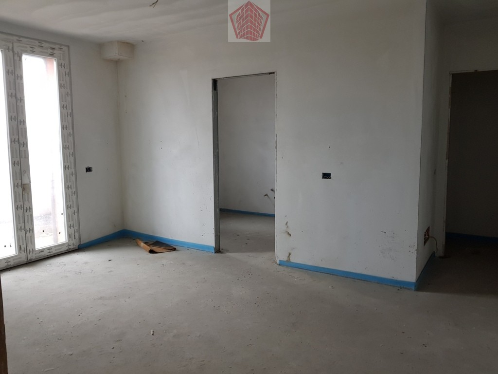 Stradella (PV) Via Civardi VENDITA  Appartamento trilocale con terrazzo Rif. 214