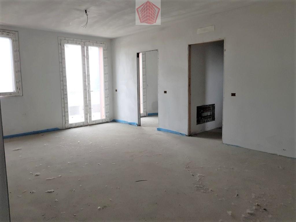 Stradella (PV) Via Civardi VENDITA  Appartamento trilocale  con terrazzo Rif. 215