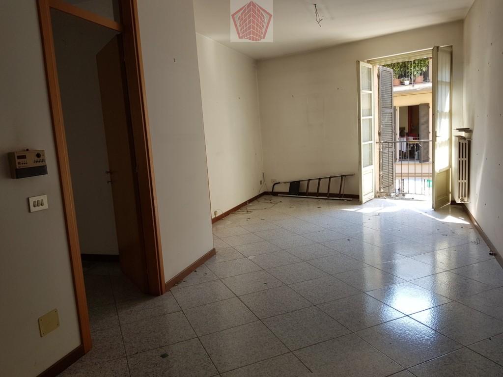 Broni (PV) Centro AFFITTO Appartamento trilocale con ampio terrazzo Rif. 230