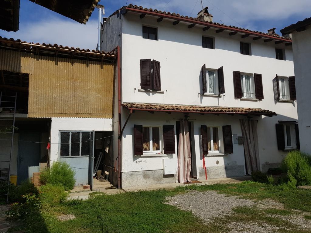 Montu' Beccaria (PV) VENDITA Casa di corte  Rif. 238
