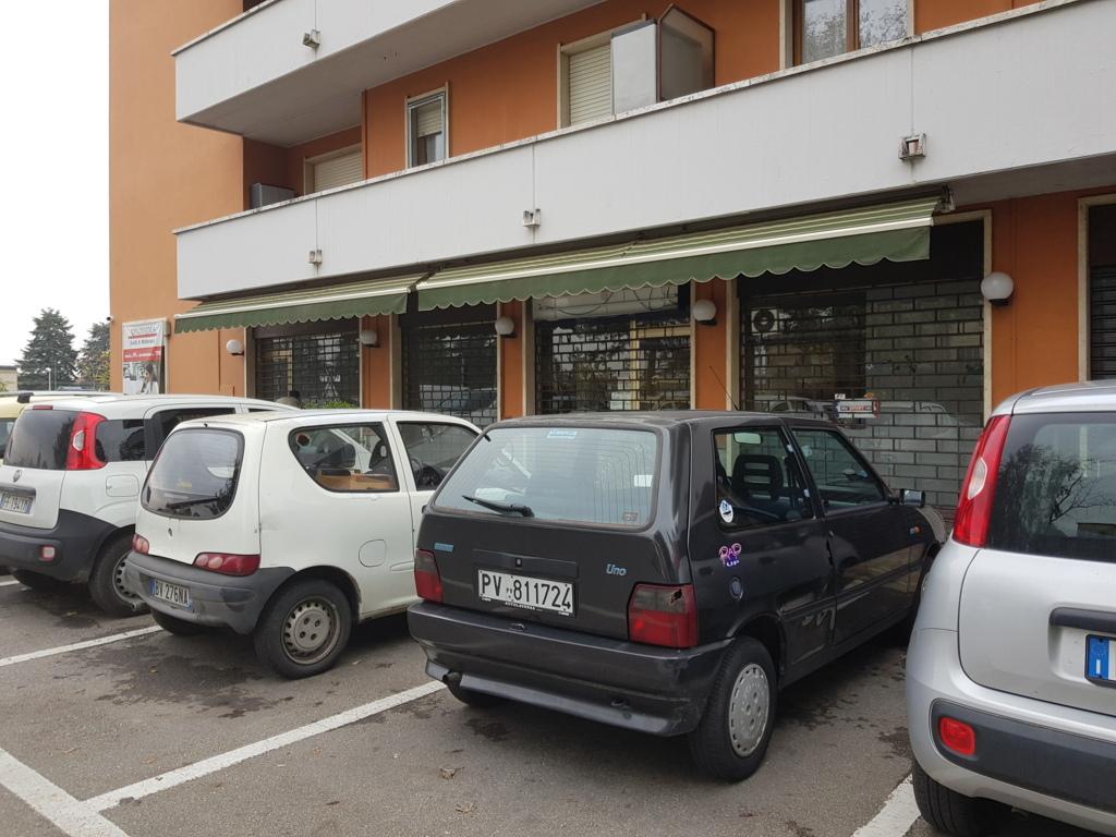Stradella (PV) Zona Poste AFFITTO Negozio di 100mq a 4 vetrine Rif. 252