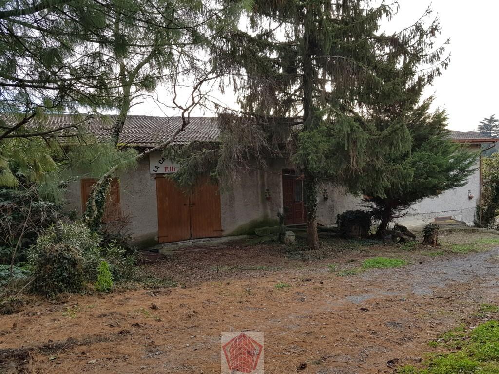 Montu' Beccaria PV VENDITA Villa su unico livello con autorimessa e magazzino Rif. 263