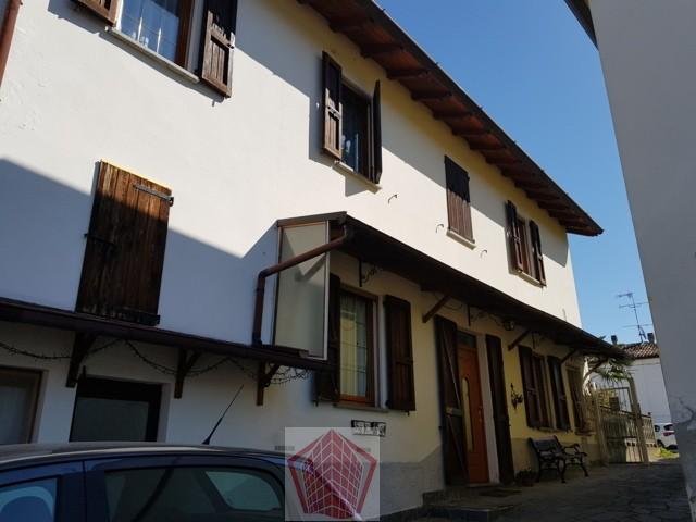 San Damiano al Colle PV  VENDITA Casa singola con giardino Rif. 279
