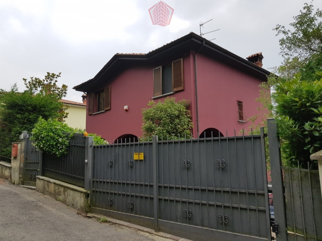 Broni PV VENDITA Villa singola con vista panoramica Rif. 295