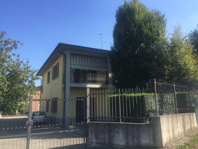 Stradella PV VENDITA Villa singola bifamiliare  Rif. 296