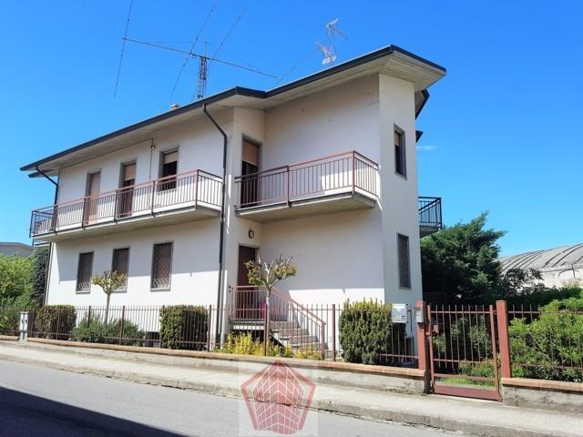 Broni PV Centro VENDITA Villa bifamiliare Rif. 496