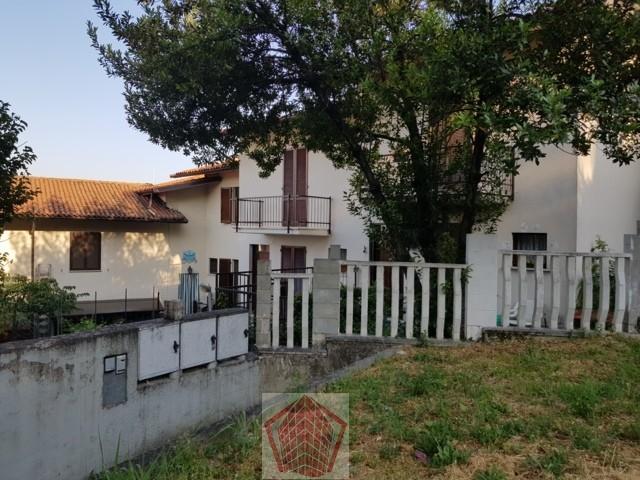 Stradella (PV) VENDITA Villetta a schiera con giardinetto Rif. 315