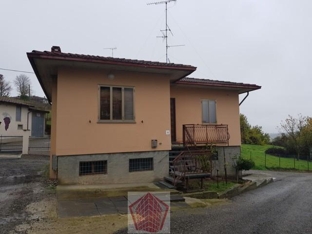 Rovescala (PV) VENDITA Villino con autorimessa Rif. 342