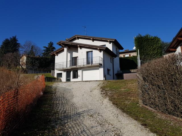 Stradella (PV) VENDITA Villa singola con vista panoramica Rif. 361