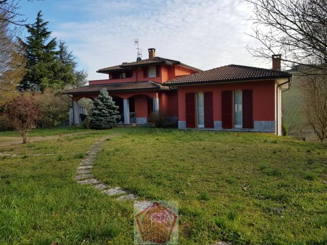 Montescano (PV) Villa singola con vista panoramica Rif. 363