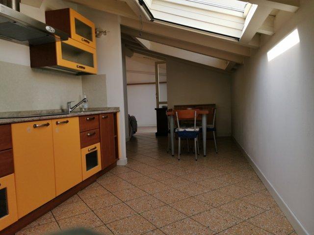 Broni (PV) Centro  Appartamento ultimo piano Rif. 368