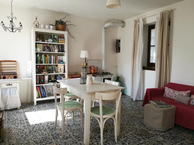 Montu' Beccaria (PV) VENDITA Casa con giardino Rif. 385