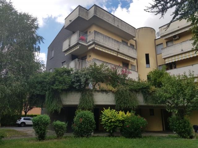 Stradella (PV) VENDITA Appartamento trilocale con box e cantina Rif.400