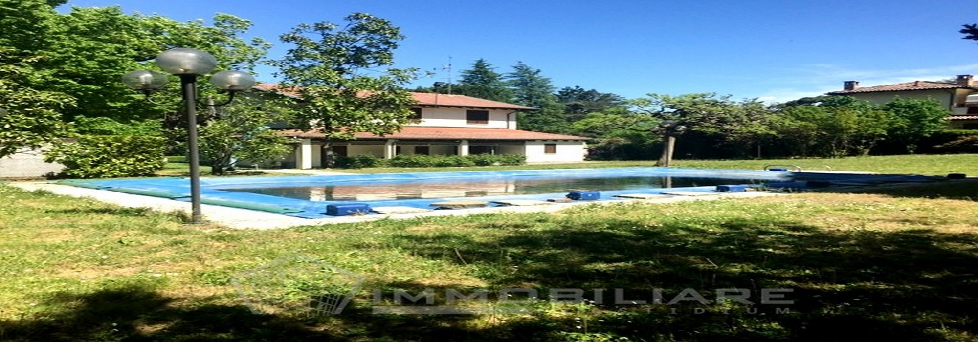 Godiasco (PV) VENDITA Villa di pregio con piscina e giardino Rif. C211