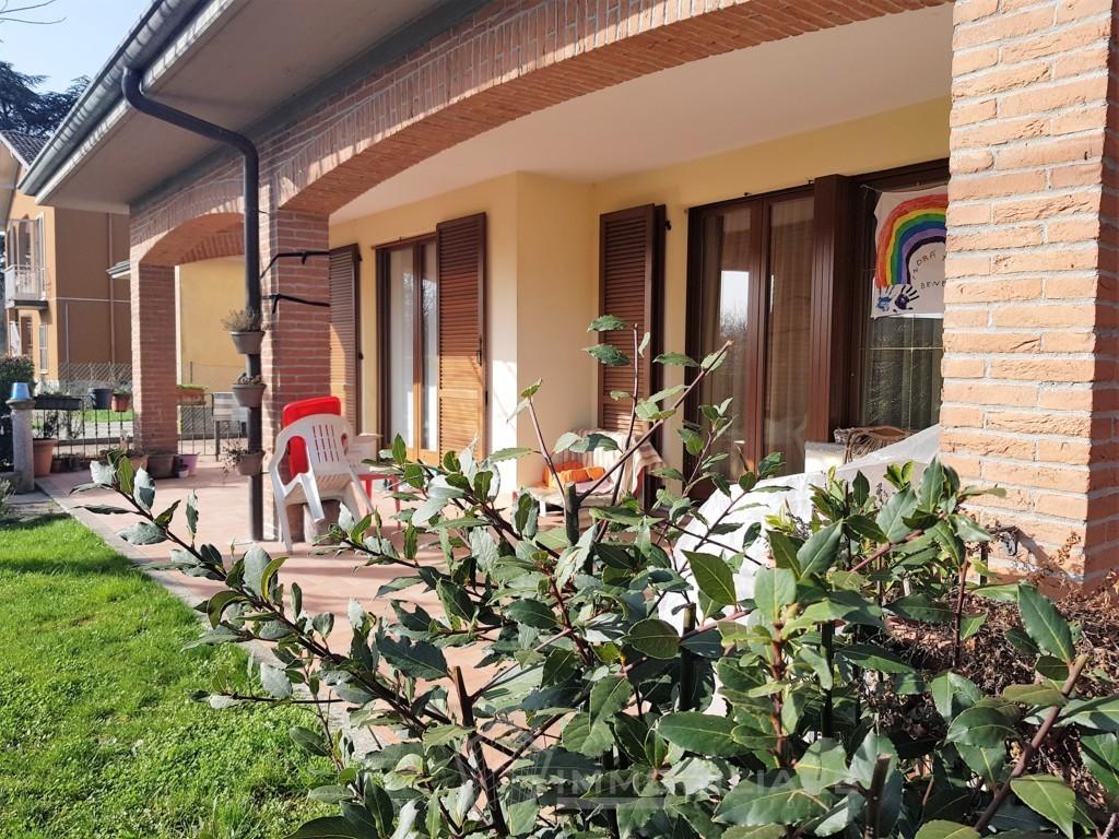 Rivanazzano Terme (PV) VENDITA appartamento con giardino e box doppio Rif.C332