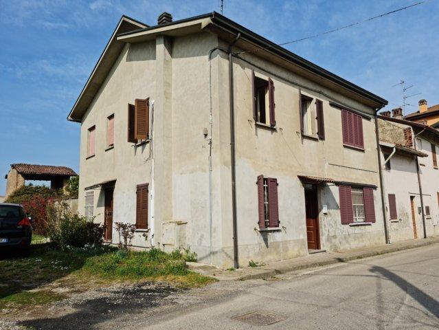Campospinoso (PV) VENDITA Casa bifamiliare con cascina e terreno Rif. 632