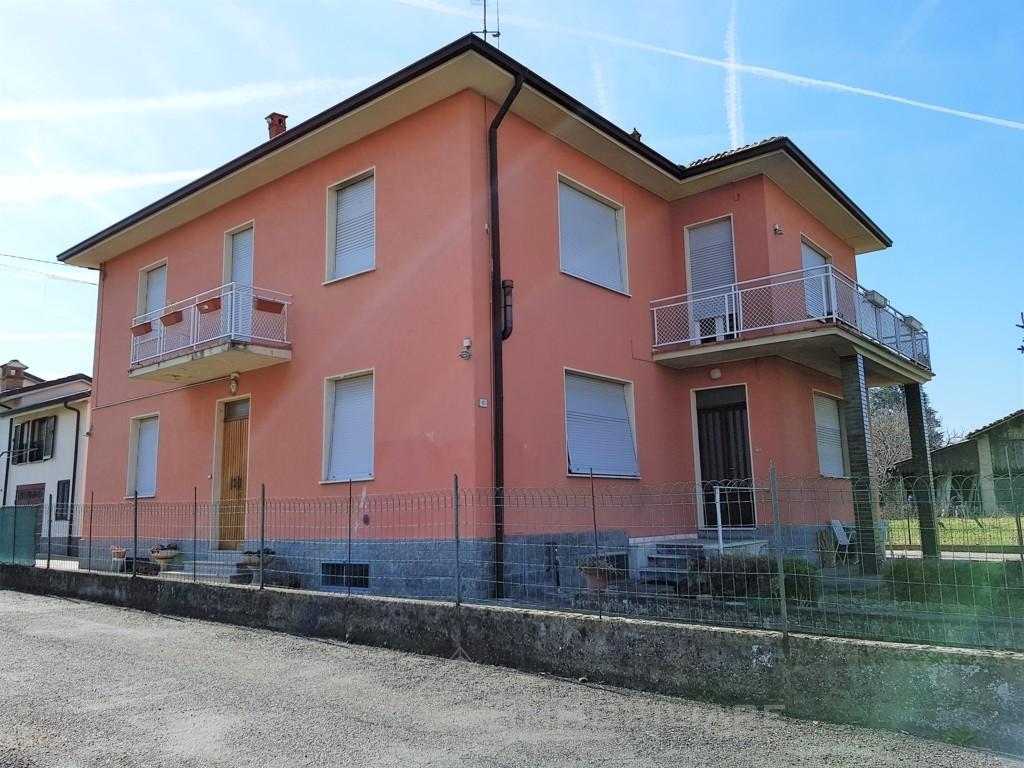 Rivanazzano Terme (PV) VENDITA Casa indipendente composta da cinque appartamenti Rif. C353